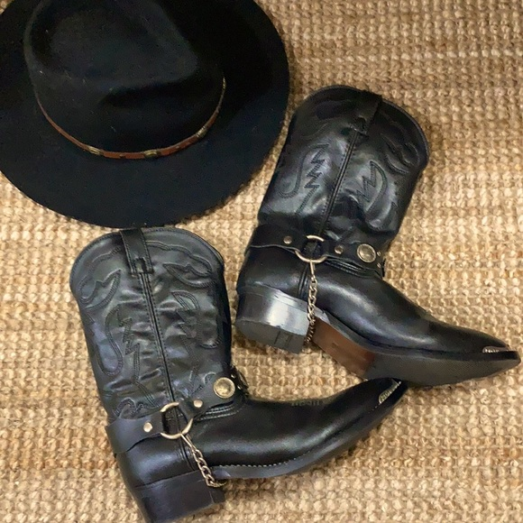 Brand new women's concho cowgirl boots
